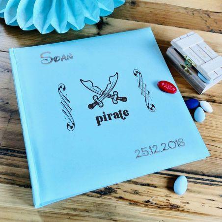 """Livre d'or / Album photos personnalisé """"Pirate"""""""
