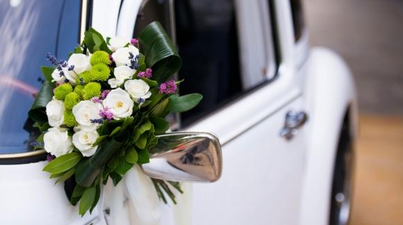 Voiture de mariage : quelles astuces pour la décoration ?
