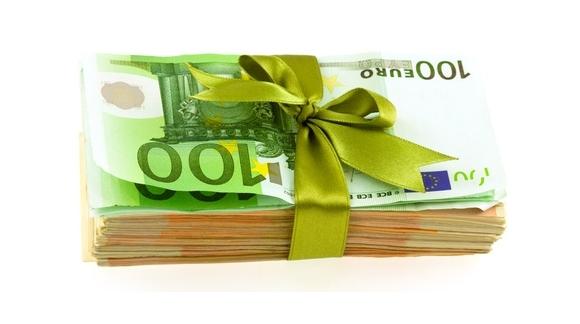 GERER UNE FETE : 8 bonnes idées pour mégoter son argent